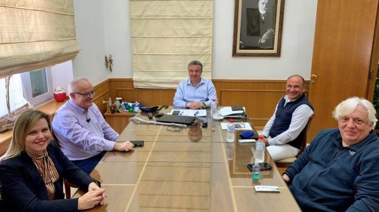 Συνάντηση εργασίας Περιφερειάρχη με Ένωση Ξενοδοχείων Ηρακλείου